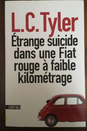 Etrange suicide dans une fiat rouge à faible km